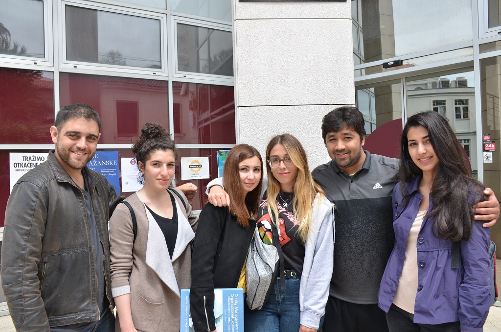 sveučilišni profesori koji se druže sa studentima agencija za upoznavanje cyrano ep 7 sinopsis